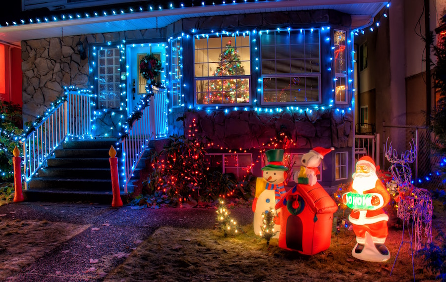 lawsuit christmas display